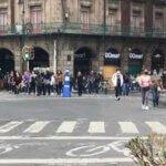 Se manifiestan en apoyo a jóvenes citadas en FGJ por saqueos durante marcha