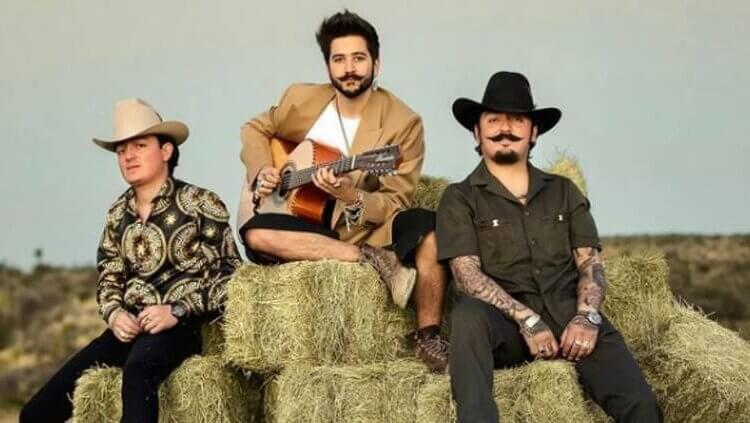 Estrenó Camilo dueto con Los Dos Carnales