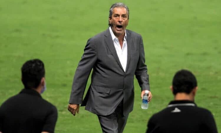 Mazatlán no renovará contrato con el entrenador Tomás Boy