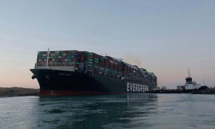 Canal de Suez y Ever Given llegan a principio de acuerdo para liberar el buque