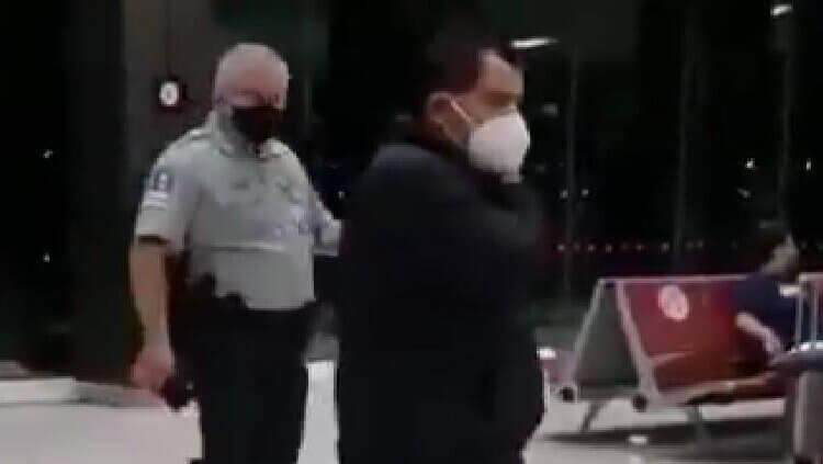 Diputado del PT negó pagar equipaje extra; lo bajan del avión